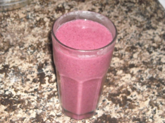 banana, strawberry, blueberry smoothie, gluten free, dairy free, wheat free